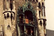 Glockenspiel at Munich Germany