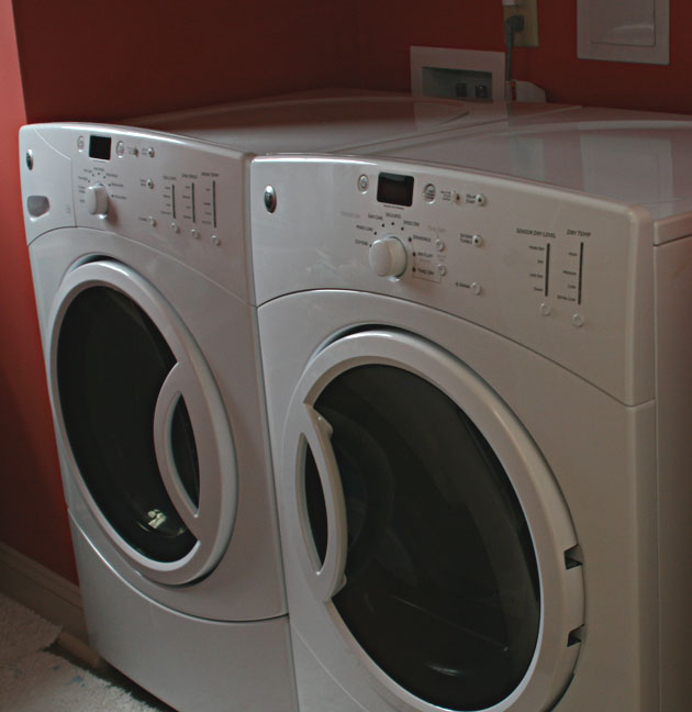 http://www.funbeaches.com/new-house/washer-dryer.jpg